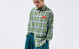 8折!ROARINGWILD渐变绿前后幅不对称格纹男女衬衫