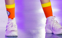 新品!MishkaNYC大眼球撞色中高筒男女棉袜子