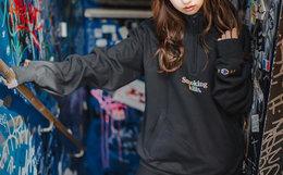 新品8.9折!FR2 X Champion联名款半拉链字母刺绣卫衣