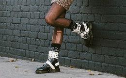 新品!Dr.Martens 马汀博士撞色铆钉搭扣朋克女马丁靴