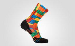 NOISE x BMDG合作款彩色多图案男女中筒运动袜