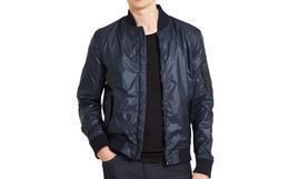 8折!Calvin Klein 反光亮面贴身盖袋男外套飞行夹克
