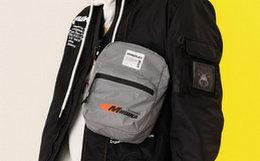 新品领劵!MishkaNYC 大眼球印花斜跨包男女多功能包袋