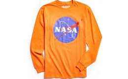 8折!UO NASA专享款棉质圆领印花长袖卫衣T恤