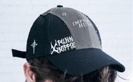 周柏豪XPX拼接补丁字母印花弯檐棒球帽