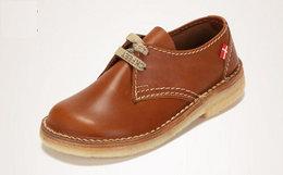 用券优惠!丹麦Duckfeet字母鞋带头层牛皮低帮马丁靴