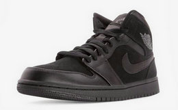 8.5折!Air Jordan 1中帮全黑拼接男女运动篮球鞋